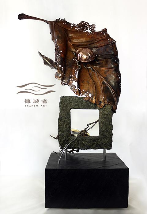 (銅葉與金龜-背面)2019年臺灣工藝競賽入選作品「動靜之間」