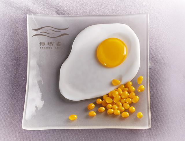 琉璃盤飾-荷包蛋系列-玉米白蛋盤 尺寸15cm