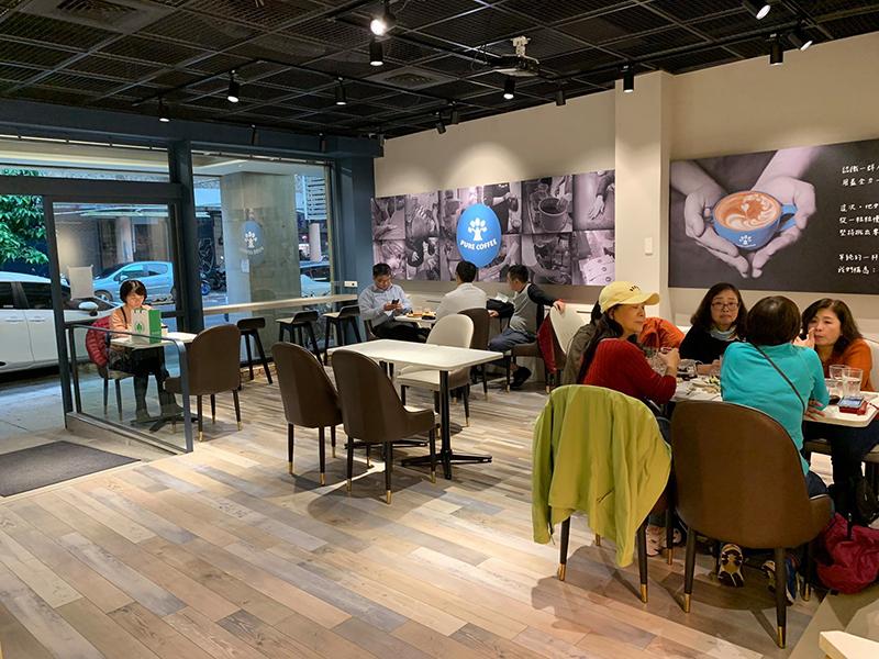 【樸樹咖啡】自家烘豆咖啡店試營運