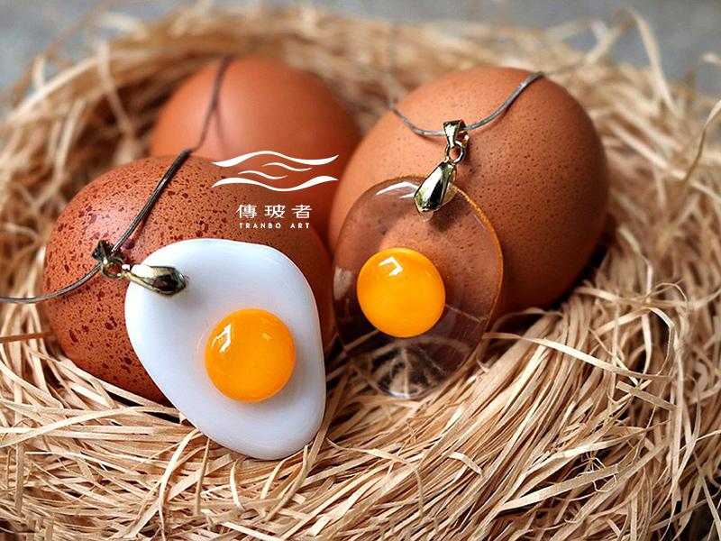 傳玻者-蛋蛋的幸福-荷包蛋琉璃項鍊-在Pinkoi展售